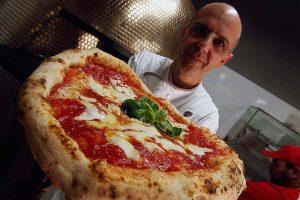 I grandi formaggi italiani e la pizza al SIAL di Parigi