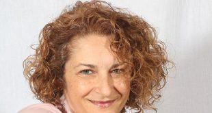 Cristina Caboni, tra fiori e segreti da svelare