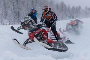 Torna la neve sulle montagne e ripartono le polemiche sulle motoslitte