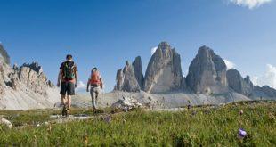 Camminare in montagna in alta quota, un toccasana per la salute