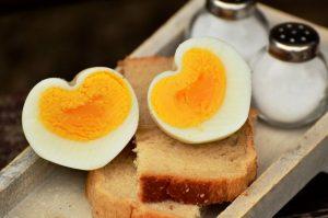 Alimenti 10 e lode. Le uova: buone in tutti i sensi