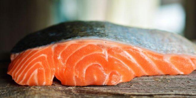 Alimenti 10 e lode. Controcorrente come il salmone