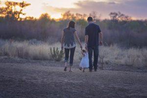 Viaggiare sicuri: come avere cura dei piccoli viaggiatori
