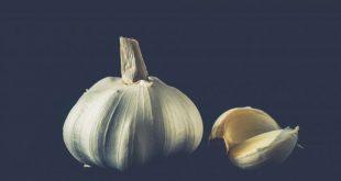 Alimenti 10 e lode. L'aglio: non soltanto per tenere lontani i vampiri