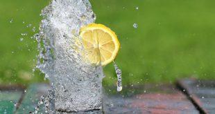 Acqua e benessere dei bambini: l'importanza del bere