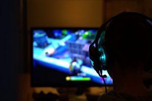 Dipendenza da internet e videogiochi: in agguato l'abuso di tecnologia