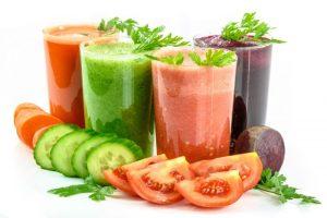 Alimenti 10 e lode. Bevande estive: succhi, estratti e centrifugati