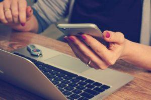 Cyberbullismo: ansia sociale dalle vessazioni via internet
