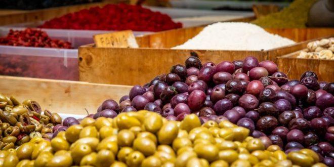 Alimenti 10 e lode. Olive: quelle nere hanno effetto antistaminico?