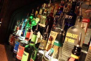 Alimenti 0 in condotta. Bevande alcoliche, perché se esageri muori