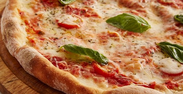 I love pizza, ma quanto è compatibile con la dieta?