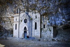 Vacanze made in Italy. Il sentiero del Redentore, sui monti Aurunci