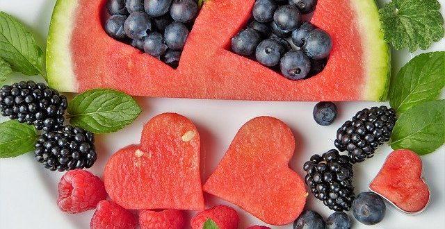 Frutta: cibo primordiale di cui ci siamo dimenticati. Sbagliando