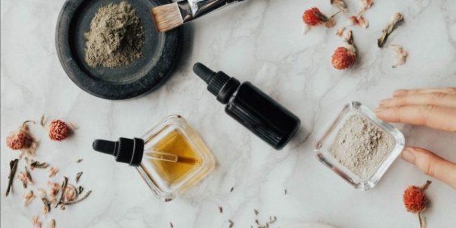 Allergia ai profumi, quelli nei cosmetici possono causare dermatite