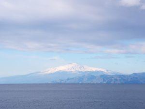 Vacanze made in Italy. Sulla cima dell' Etna per veder sorgere l'alba