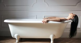 Curare la lombalgia con i rimedi naturali: dai bagni agli impacchi
