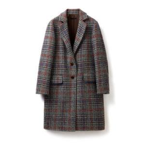 Tendenze moda autunno: i capi che non devono mancare nel guardaroba
