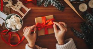 Regali solidali per Natale: un dono che vale di più
