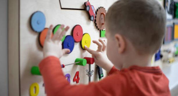 Disturbi dello spettro autistico: l'importanza di rilevare gli indicatori precoci