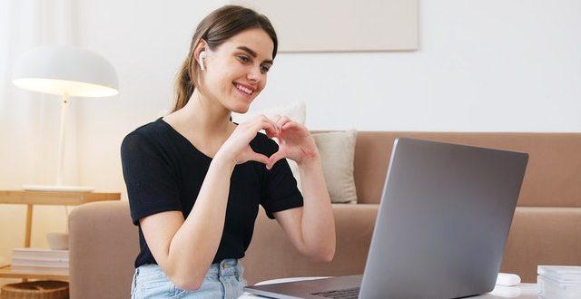 Amore a distanza: tutti i consigli per mantenerlo vitale