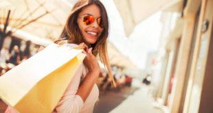 Tendenze moda 2021: la voglia di respirare aria d'estate e di libertà