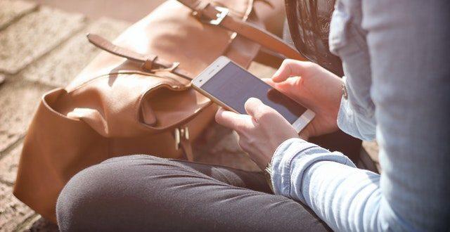Dipendenza da smartphone? 10 consigli per essere più liberi