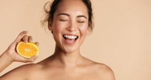 Vitamine per la pelle: quali assumere contro l'invecchiamento cutaneo