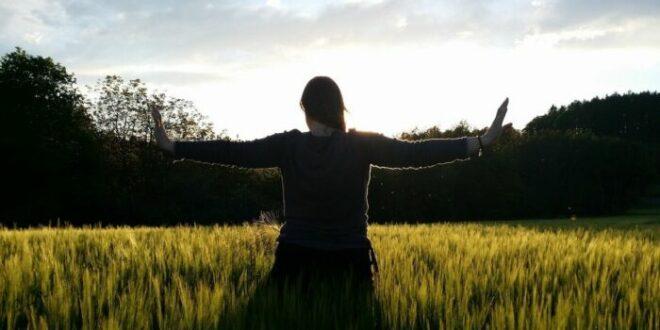 Dolori femminili: lavorare sul riequilibrio per risolvere le disarmonie