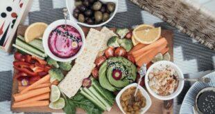Struttura alimentare: tre pasti al giorno o digiuno intermittente?