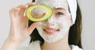 Maschera viso fai da te: 10 ricette naturali per una pelle sana e luminosa